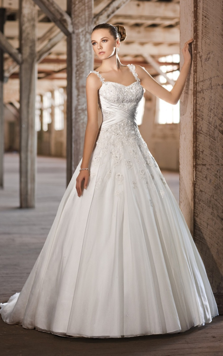 Organza satin wedding ball gown 2015 new arrival bridal for Satin and lace wedding dresses