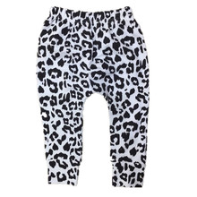 2017 New Arrival Baby Boys Girls Snow Leopard Harem Pants Baby Boys Girls Cotton Harems Kids  Leggings for 0-5Year 22F(China (Mainland))