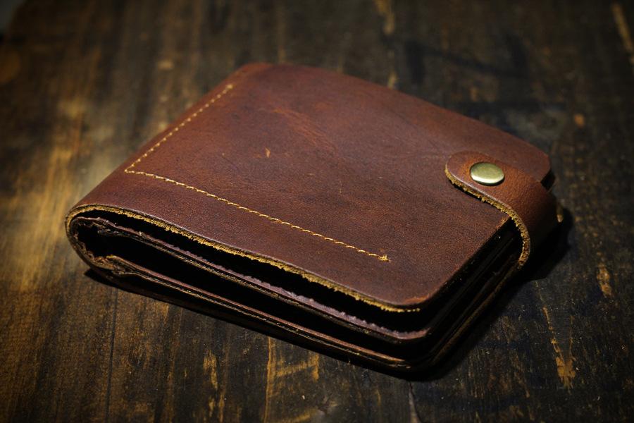 Натуральная кожа винтаж кошелек доллар цена держателя карты мужчины кошельки и кошельки ручной работы персонализированные короткие мужчины кошельки моды