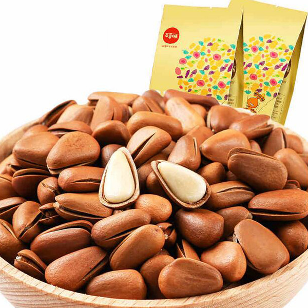 Chinese nationality almond nuts snack foods China Christmas candy food stores