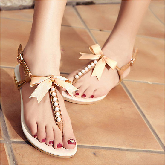 Ribbon Bowknot Pearls Beaded Women Fashion Thong Sandals 2016 Summer New Beige Apricot PU Buckle Clip Toe Flat Shoes Rabatt<br><br>Aliexpress