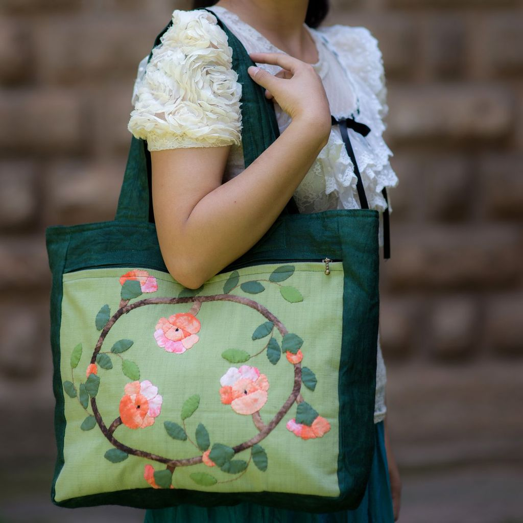 New Original national Embroidery handbag women floral peach cotton cloth shoulder bag Large Travel shopping bag<br><br>Aliexpress