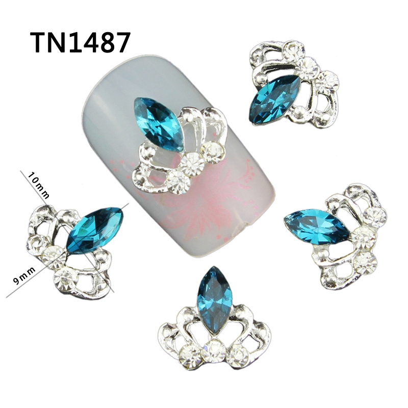 Top Nail 10Pcs/Lot Blue Crystal Crown Design Silver Alloy Manicure Tips Clear Rhinestones For 3D Nail Art Decorations TN1488(China (Mainland))