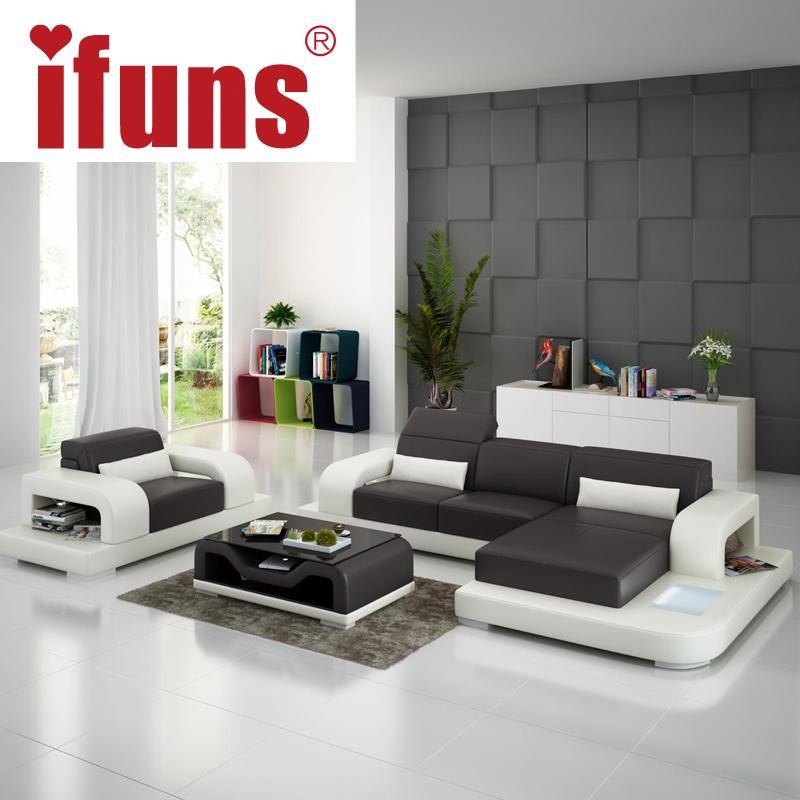 Salotto con pupazzi interior design for Grossisti arredamento