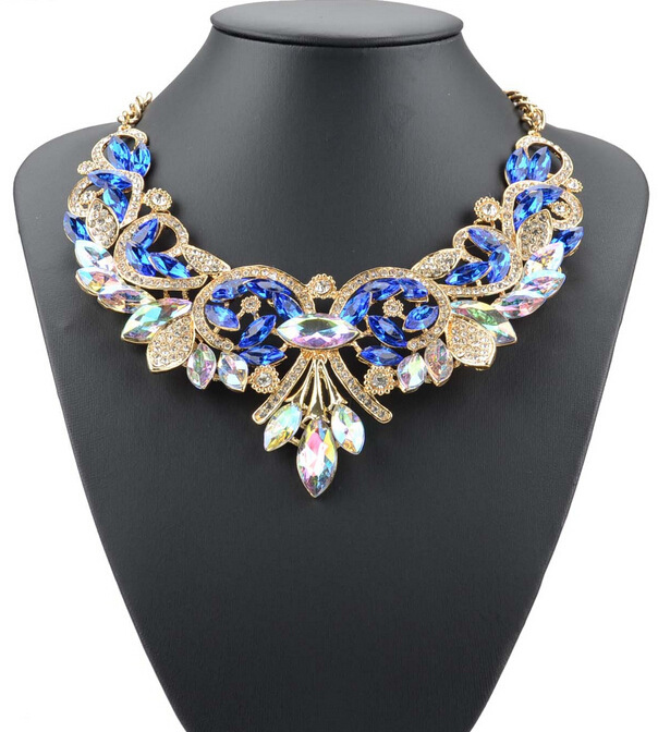 Fashion Jewellery 2016 New Blue Choker Necklace Yellow Gold Plated Vintage Flower Collier Sapphire Necklaces &Pendants for Women(China (Mainland))