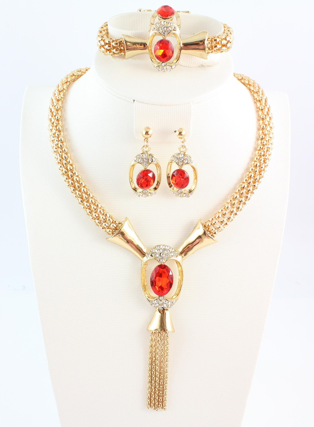 costume jewelry Vintage fashion