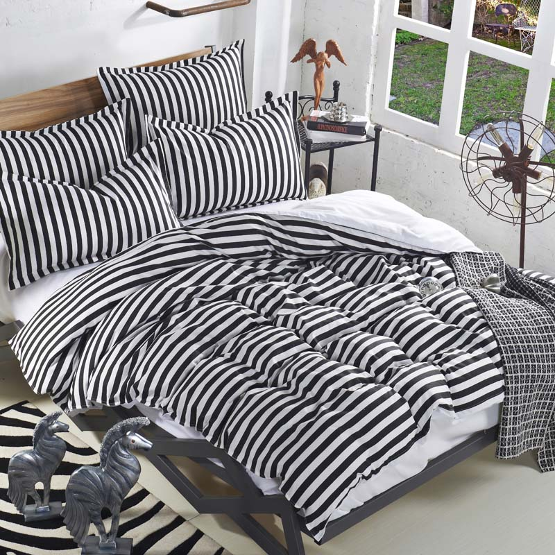 striped black and white bedding sets leopard 3pcs 4pcs twin queen full blue and white duvet. Black Bedroom Furniture Sets. Home Design Ideas