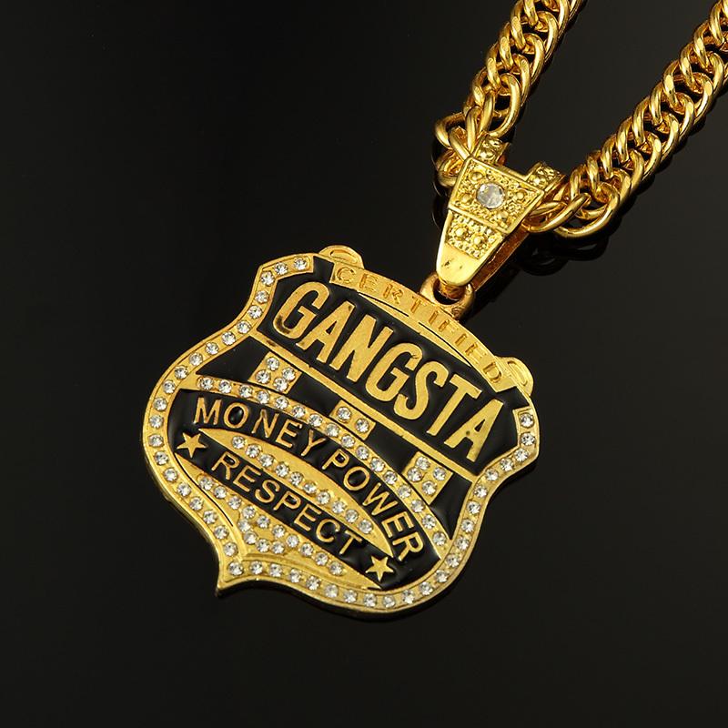Gold chain rapper