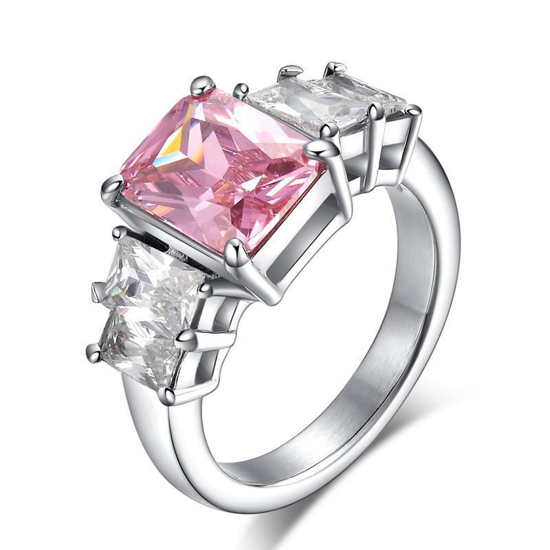 2015 Luxury women wedding crystal ring with pink rhinestone engagement rings stainless steel silver never fade ring korean style(China (Mainland))