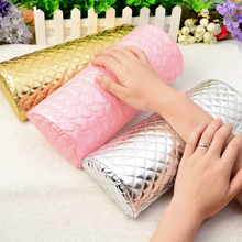 Newly 1 Pc Soft Hand Pillow Nail Art Manicure Hand Cushion Rest- 3 Colors Available  (Random Pattern)(China (Mainland))