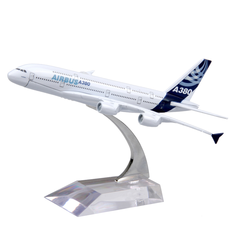 16cm Passenger Air Plane Model Airbus A380 Diecast Alloy Airplane Aircraft Kids Toys brinquedos Collectible Birthday Gifts(China (Mainland))