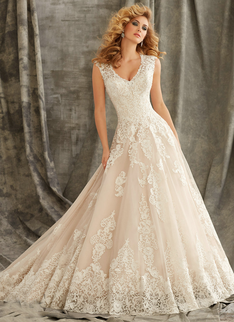 1344 cap sleeve wedding gowns 2015 ivory lace dress for Lace button back wedding dress