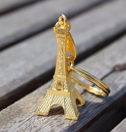 30pcs-gold-Paris-Eiffel-Tower-Keychains-Bronzed-Metal-Keyring-rustic-wedding-decor-wedding-accessories-decoration-mariage