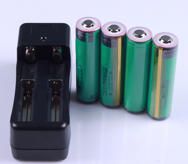 4PCS protected 18650 NCR18650A Rechargeable Li-ion battery 3100mAh +1 Charger for panasonic<br><br>Aliexpress