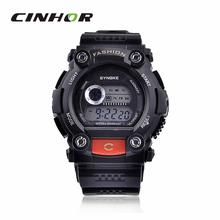 Synoke moda fresca 88888 electrónica hombres del deporte de digitaces pulsera resistente al agua reloj Cold Light Sport Watch negro + rojo