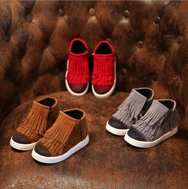 2016 детей ботинки девушки мода мартин сапоги детей кисточка девушки красные коричневые ботинки нубук плюшевые короткие сапоги 21 - 36