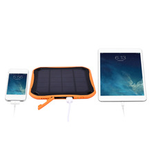 SUNGZU 5600mAh Solar Charger Waterproof Phone External Battery Dual USB Power Bank for Iphone 5/5s/6/6s 8 LEDs Cable as Gift