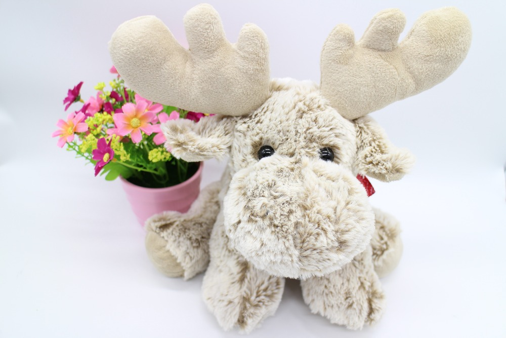 FREE SHIPPING, DESIGN VERY SOFT PLUSH SQUAT TOY DEER, WITH TC PRINTED SCARF, STUFFED TOY, PLUSH TOY(China (Mainland))