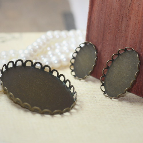 100PCS 13*18mm/18*25mm/30*40mm antique bronze plated blank pendant lace charm base tray bezel round cabochon setting cy836(China (Mainland))
