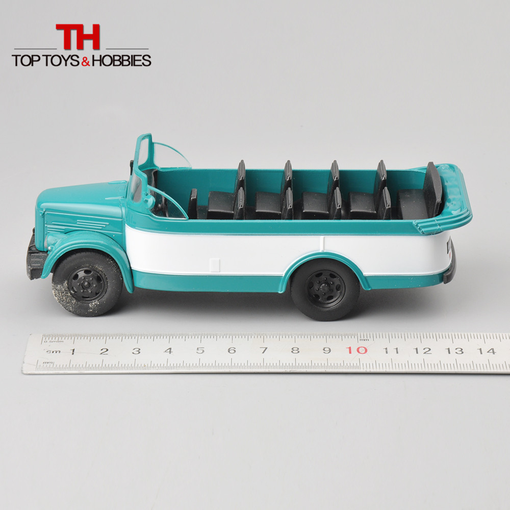 1:43 Scale Russia Diecast Car Model Convertible Sightseeing Bus Cars Toy Collections Limited Edition(China (Mainland))