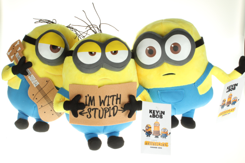 "Despicable Me 3 the Movie Minions 9"" Plush Dolls Toys Set of 3 Bob Kevin Stewart Stuart Kids Christmas gift(China (Mainland))"