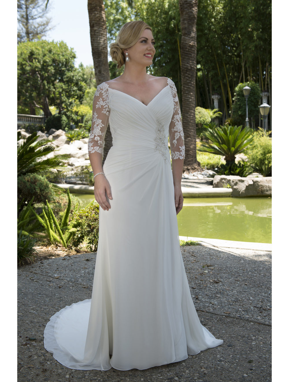 Womans Full Figure Wedding Dresses 4