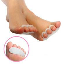 2pcs Gel Toe Separators Stretchers Alignment Overlapping Toes Orthotics & Hammer Toes Orthopedic Cushion Feet Care Shoes Insoles(China (Mainland))
