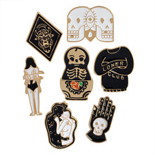 4-7 Pcs Bros Set Punk Penyihir Gelap Iblis Skull Magic Ball Bee Bat Enamel Pin Denim Shirt Lapel pin Gothic Perhiasan(China)
