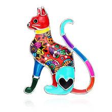 Bonsny Dello Smalto Della Lega Elegante Gatto Spille Abbigliamento Vestito di Sciarpa Della Decorazione Dei Monili Spille Per Le Donne Delle Signore Delle Ragazze Amanti Degli Animali Regalo Bijoux(China)
