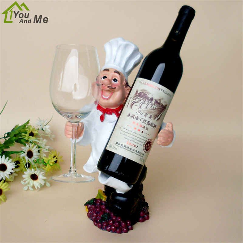 Creative Resin Kitchener Men Shape Red Wine Racks Hanging Wine Glass