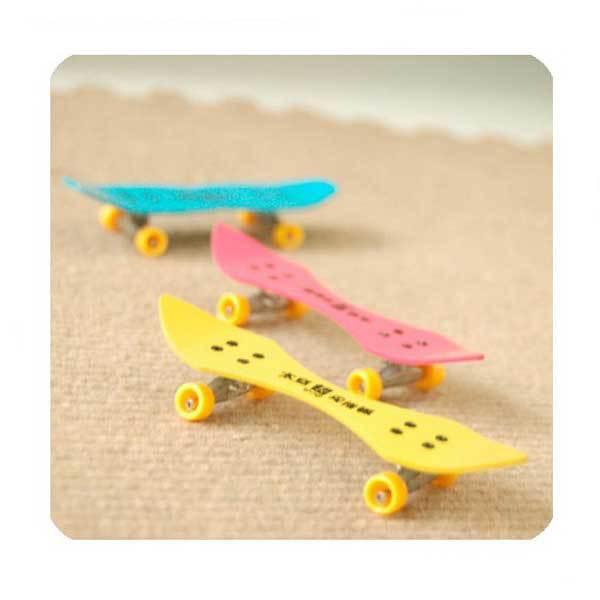 Dimona Professional Mini Space Aluminum Finger Skate Board Educational Toys(China (Mainland))