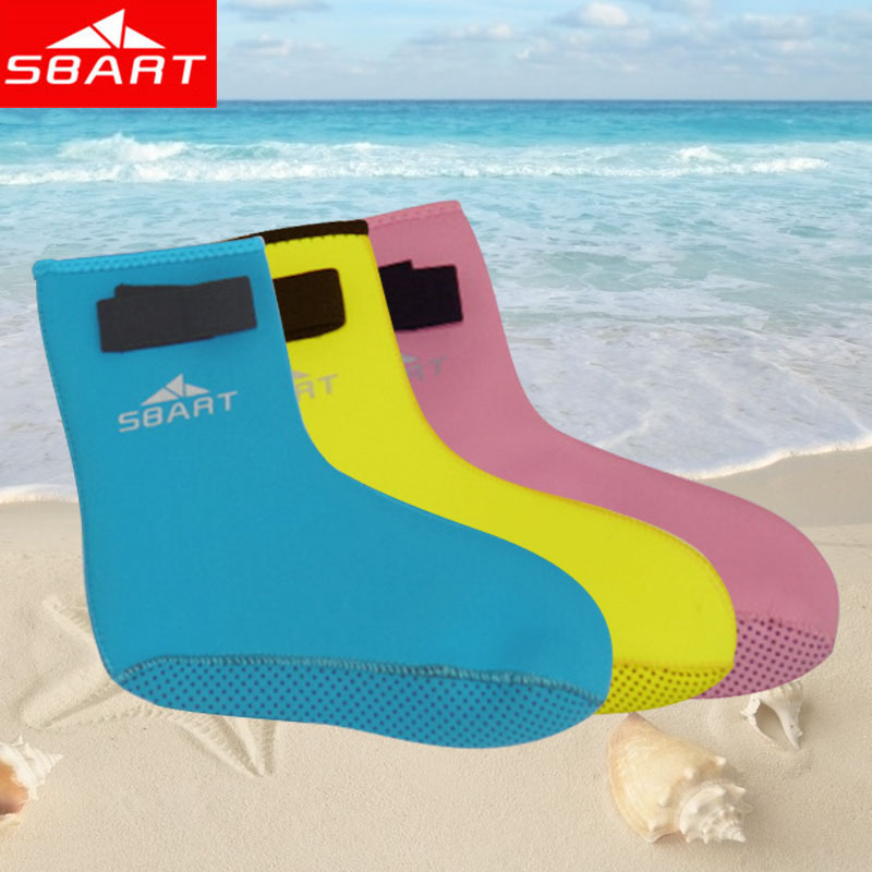 SBART Children Diving Socks 3MM Nylon Neoprene Boots For Winter Swimming Kids Child Water Surf Swim Socks Blue Pink Yellow S M L(China (Mainland))