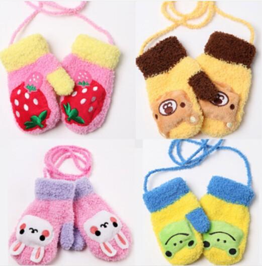 Baby Girls Boys Coral Velvet Sound Gloves Cartoon Bunny frog bear Warm Halter Children Gloves/Baby Autumn/Winter Mittens(China (Mainland))
