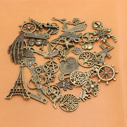 60-80pattern Mixed 100pcs Assorted Carved Charms Pendants Beads Metal Alloy Pandent Plated Antique Bronze Diy Bead CLQ004(China (Mainland))