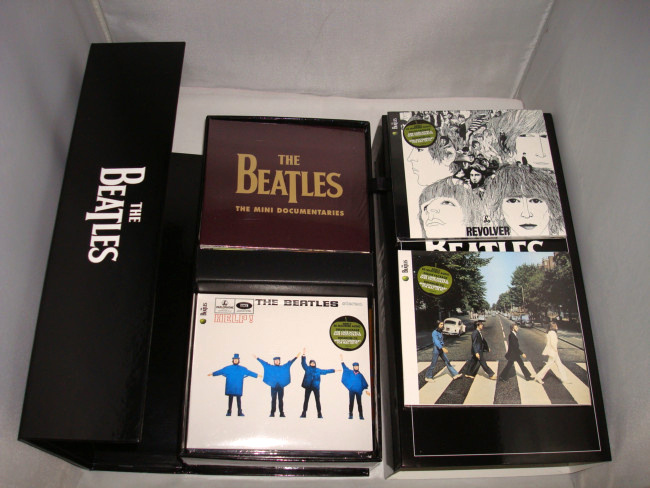 High Quality CD The Beatles Stereo 16CD & 1 DVD Boxset facoty sealed box packing brand new(China (Mainland))