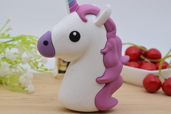 2016 Hot Portable Emoji 2000mAh Licorne Power Bank Unicorn Portable Changer Externe Cartoon USB Bateria for All Mobile phones