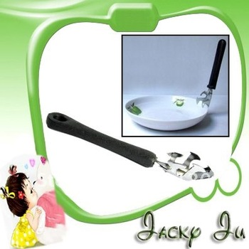 New Bowl Dish Plate Kitchen Heat Helper Clamp Clip Tongs Bottle Opener