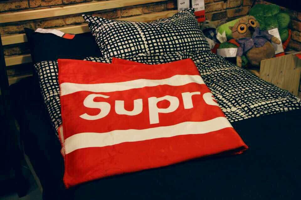 Aliexpress.com : Buy NYC supreme logo Dot print blanket ...