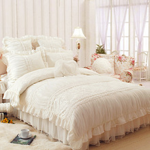 Royal lace edge ruffled bed sets,full queen king size girl princess wedding jacquard bedclothes bedskirt pillow case quilt cover(China (Mainland))
