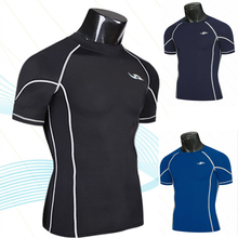 Free delivery of 2013 new styles Men's Multi line sweat dry exercise tight fitness wear T-shirts