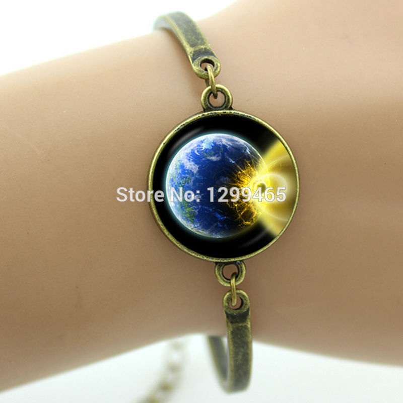 Wholesale product snapshot product name is lackingone fashion jewelry choker necklace glass galaxy lovely pendant