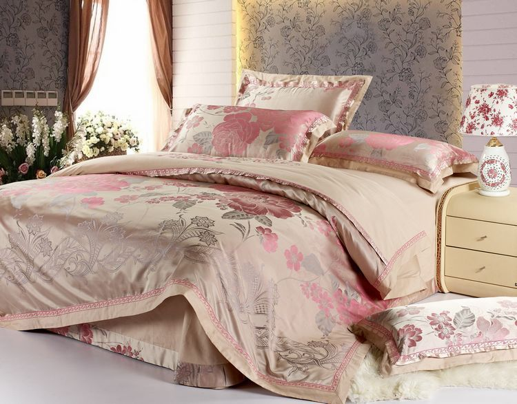 free shipping hot 4pcs bed sheet home textile bedding set satin jacquard bedding bed linen quilt. Black Bedroom Furniture Sets. Home Design Ideas