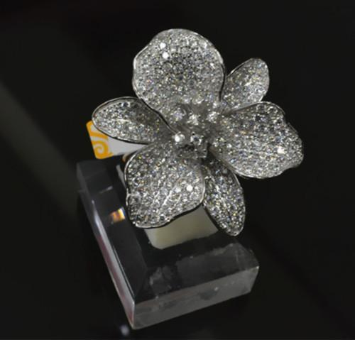 2015 new arrival fashion women YLR7222 luxury big flower S925 silver cocktail rings with full AAA zircpon around pave setting(China (Mainland))
