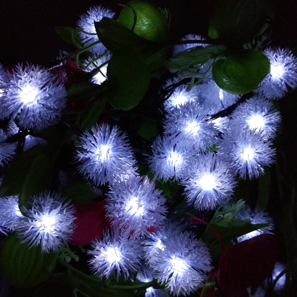 Outdoor Garden LED Solar Lamp String Lights Snowball Flakes 2017 Xmas Tree Party New Year Decor Lightings Patio Rope 10M 60Leds(China (Mainland))