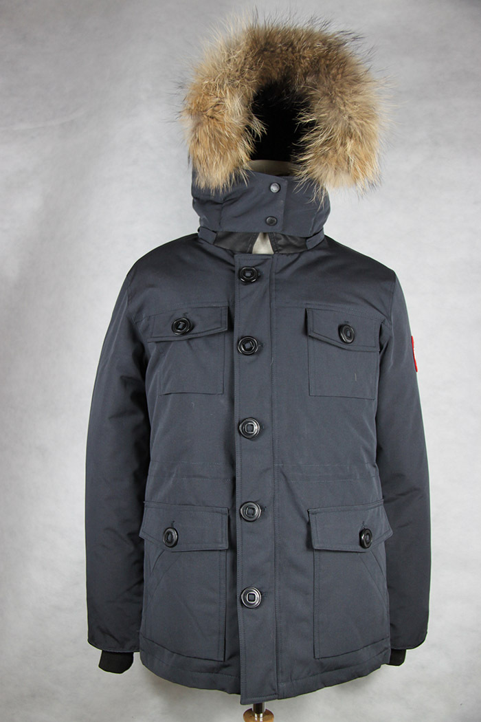 Canada Goose' authentic xiao