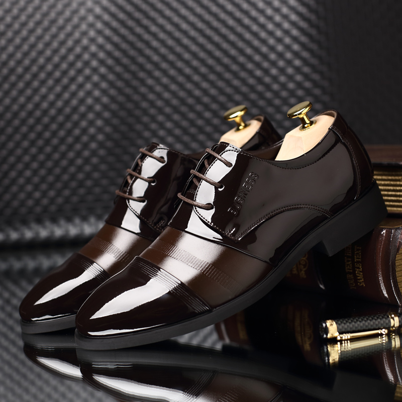 Plus:37-44 male business formal leather male breathable casual shoes japanned leather pointed toe lacing men wedding/Dress shoes<br><br>Aliexpress