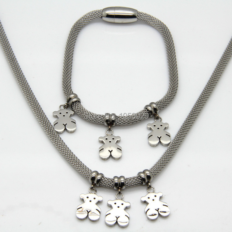 Hot Selling Top quality Luxurious Jewelry stainless steel set Fashion Small Bear In Big Bear style Necklaces And Bracelets(China (Mainland))