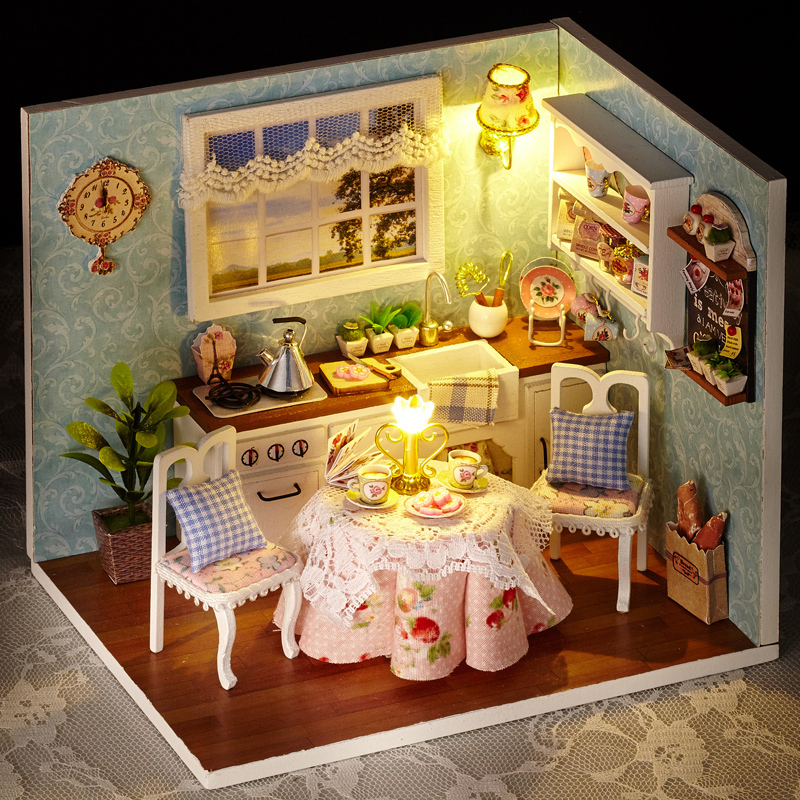 DIY Wooden Miniatura Doll House Room Box Handmade 3D