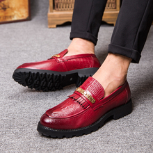 Men genuine Leather Flats Handmade Loafers Shoes Mens Casual Loafers Comfortable Driving Shoes Crocodile Leather Men Flat Shoes(China (Mainland))
