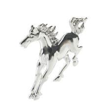 Nova forma de cavalo metal broche textura esmalte broches para homens meninos casaco gola camisola animal jóias pinos presente(China)